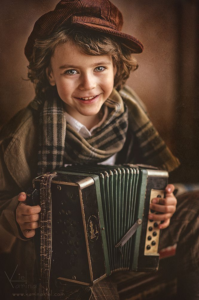 Musa Akkaya, Çocuklar – Photo Vea