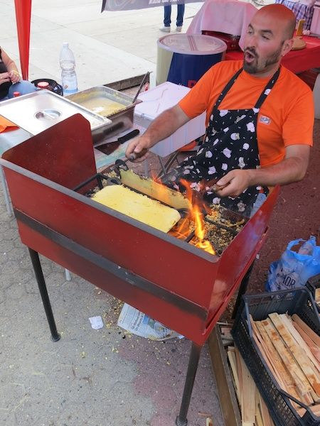la postazione di lavoro per grigliare le #Miasse #Griglia #ergonomica. -°-°-°- This #ergonomic #workstation is enginereed for high performance miassas baking. #bbq