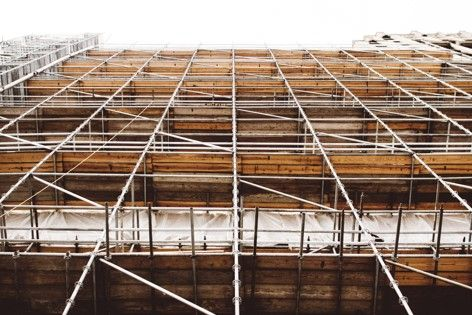 Scaffolding is commonly used on many construction sites and, if the site managers fail to perform the due diligence needed to install the structure, the workers can suffer.
