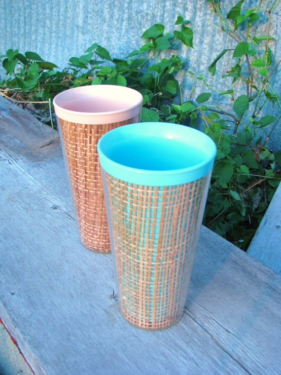 Vintage thatched tiki drinking cups pink and green by JumpShipZon, $6.00