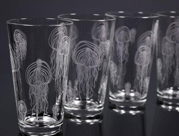 Jellyfish Glass Nautical Glassware Glassware Set Ocean Art Etched Glass Couples Gift Sea Creatures Fish Art Drinking Glasses Marine Nautical Glassware Glassware Glass