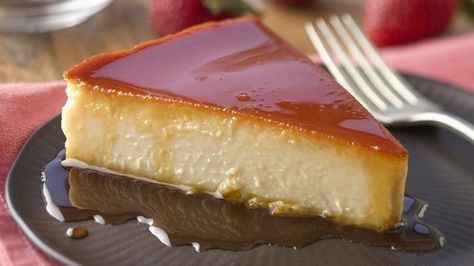 Flan de guayaba y queso, or Guava and Cheese Flan, is the dessert I prepare the most during Christmas time. Everyone I serve it to, young or old, loves it! It goes with Christmas Eve and New Year's Eve dinner, and yet it's lite. What I appreciate the most is that I can prepare it two or three days in advance, and it keeps very well in the refrigerator. I welcome you to try it. I bet you'll find that the guava blends very nicely with the traditional taste of cheese flan.