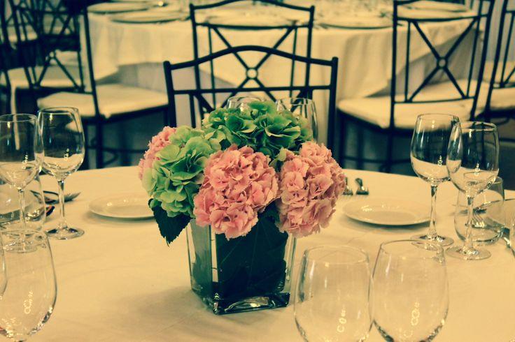 Centros de mesa variados y con encanto.