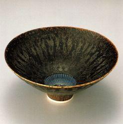 ルーシー・リー「茶釉線文鉢」1980年頃