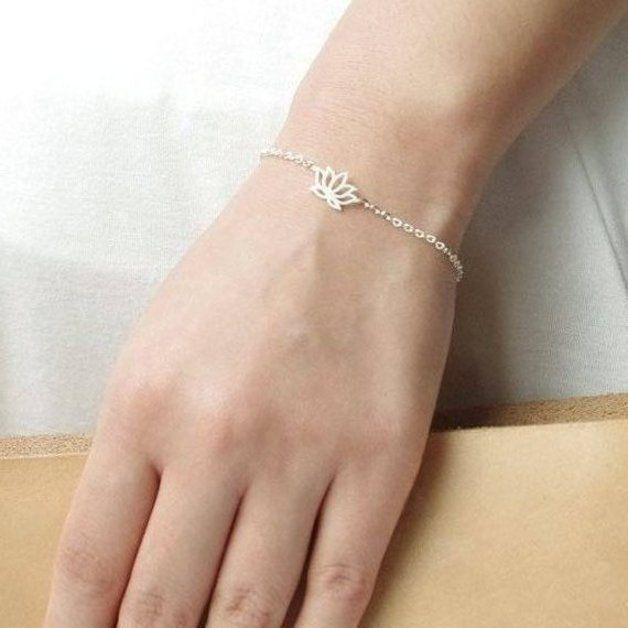 Armbanden - Lotus armband, bloem Armband, daisy armband - Een uniek product van Superarmband op DaWanda