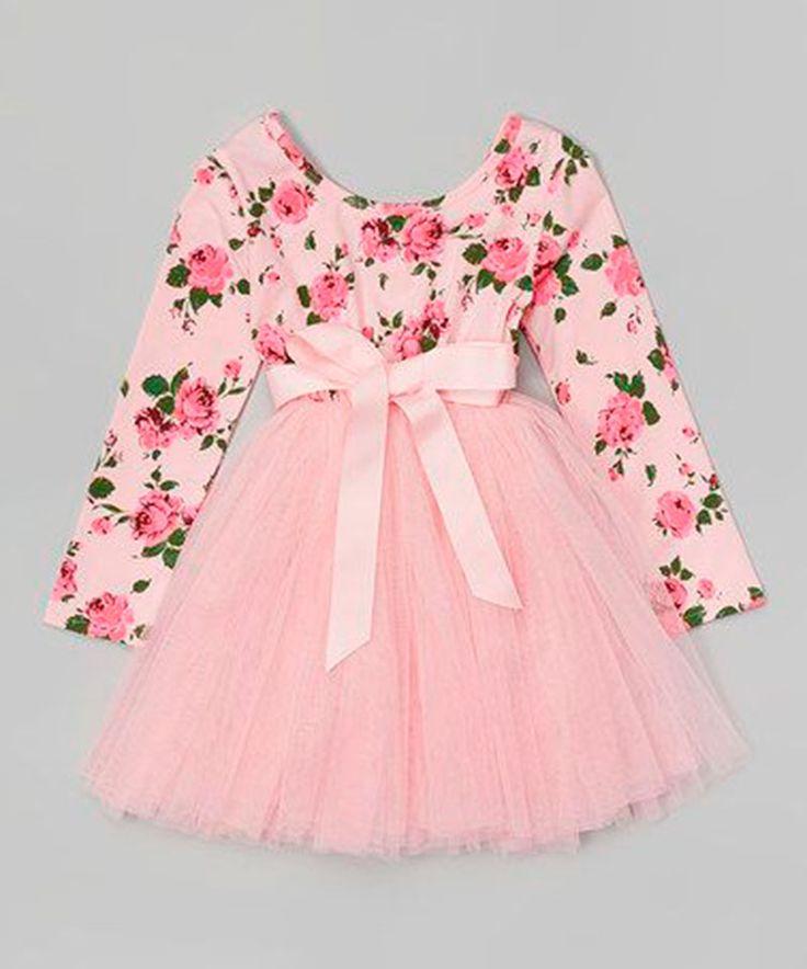 São tantas ideias bacanas para vestidos infantis que ficamos perdidas. Veja aqui vestido de festa infantil! São 22 modelos para se inspirar muito.