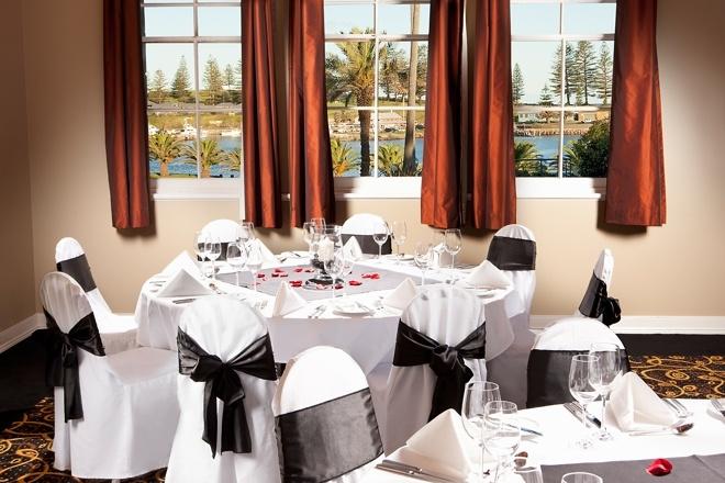 Heritage Listed Room for Wedding Reception at The Sebel Harbourside Kiama