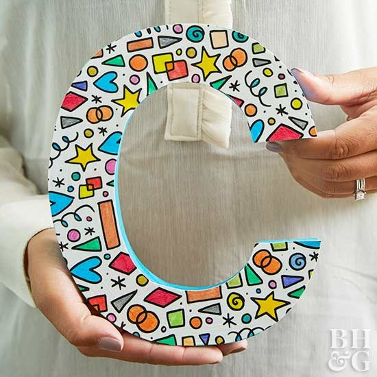 Create a colorful DIY monogram with just a few simple craft supplies.