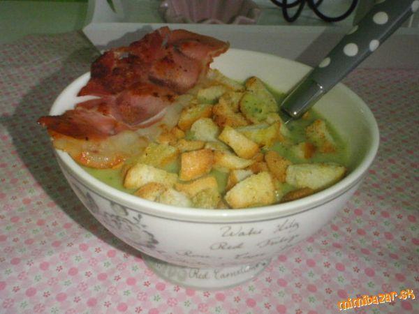 Brokolicovo špenátová krémová polievka