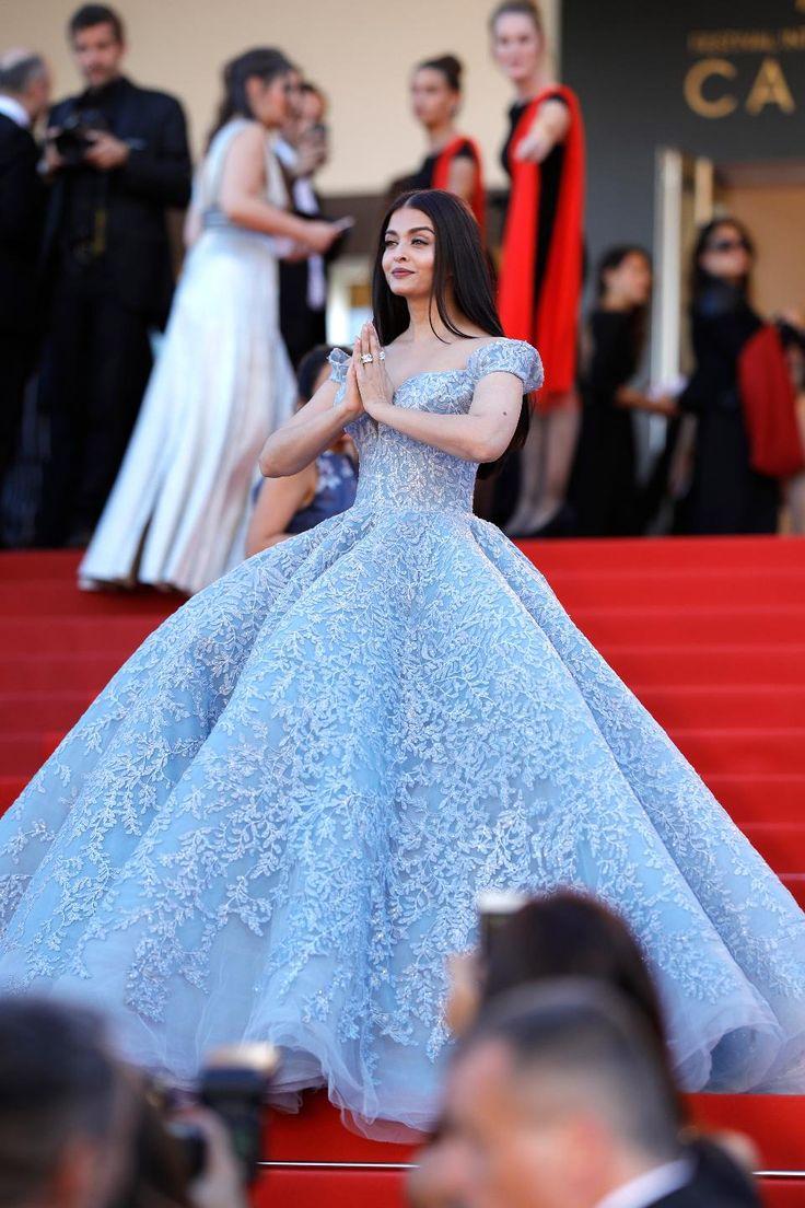Aishawrya Roy at Cannes 2017 #bollywood #hautecouture #cannes2017 #devscostumes