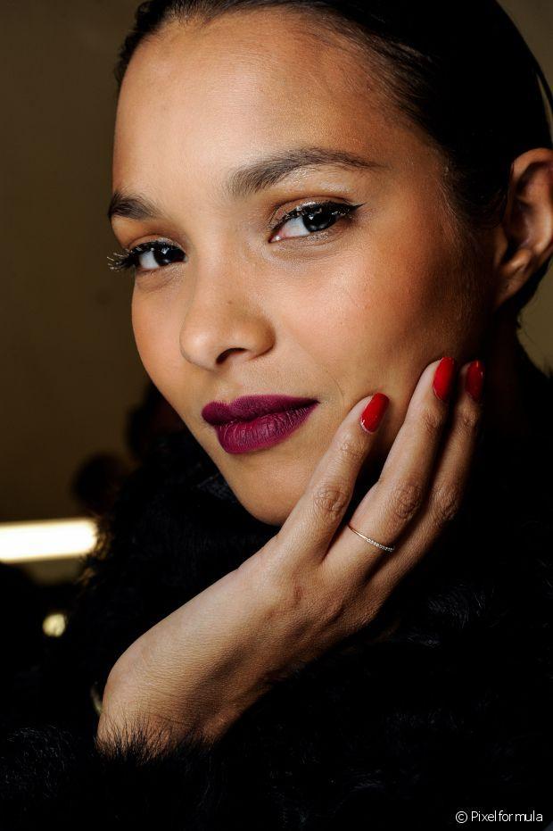 Manicure das celebridades conta truques para conseguir unhas profissionais