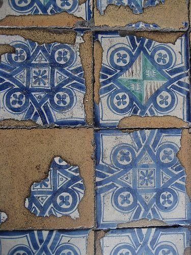 Oltre 25 fantastiche idee su bagni di piastrelle su - Piastrelle diamantate 10x20 ...