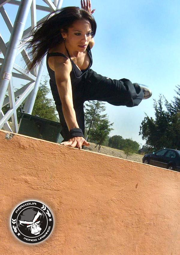 hopping fence images pose parkour female - Google Search
