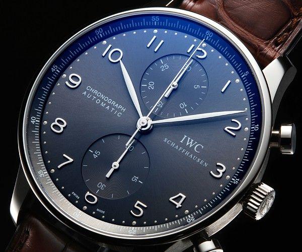 Heute etwas blaues für den Mann, elegant und dezent am Handgelenk. Dieser IWC Chronograph hat einfach Klasse.