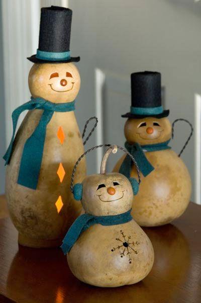 Snowmen made of GourdsSnowman Gourd, Snowmen, Gourds Diy, Gourds Snowman, Diy Gourds Crafts, Christmas Decor, Christmas Gourd, Christmas Ideas, Painted Gourd