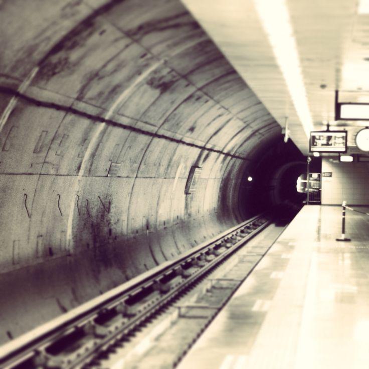 Underground!!