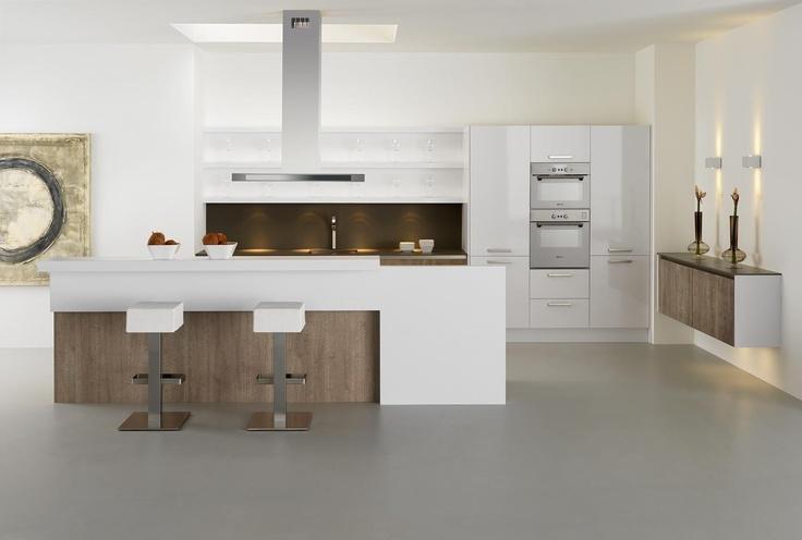 Moderne keuken met gouden achterwand voor wie uitgekeken is op alle standaard achterwanden is - Keuken back bar ...