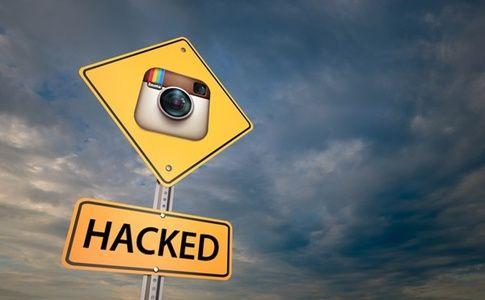 10χρονος χάκαρε τo Instagram! - http://secn.ws/1T10S5J -     Ο μικρός Jani πήρε 10.000$ από το Facebook στο οποίο ανήκει το Instagram για το ελάττωμα ασφαλείας που ανακάλυψε. Ο μικρός ανακάλυψε ένα ελάττωμα το οποίο του επέτρεπε να διαγράψει οποιοδήποτε γραπτό περιεχόμενο μέσα στο κοινωνικό δί�