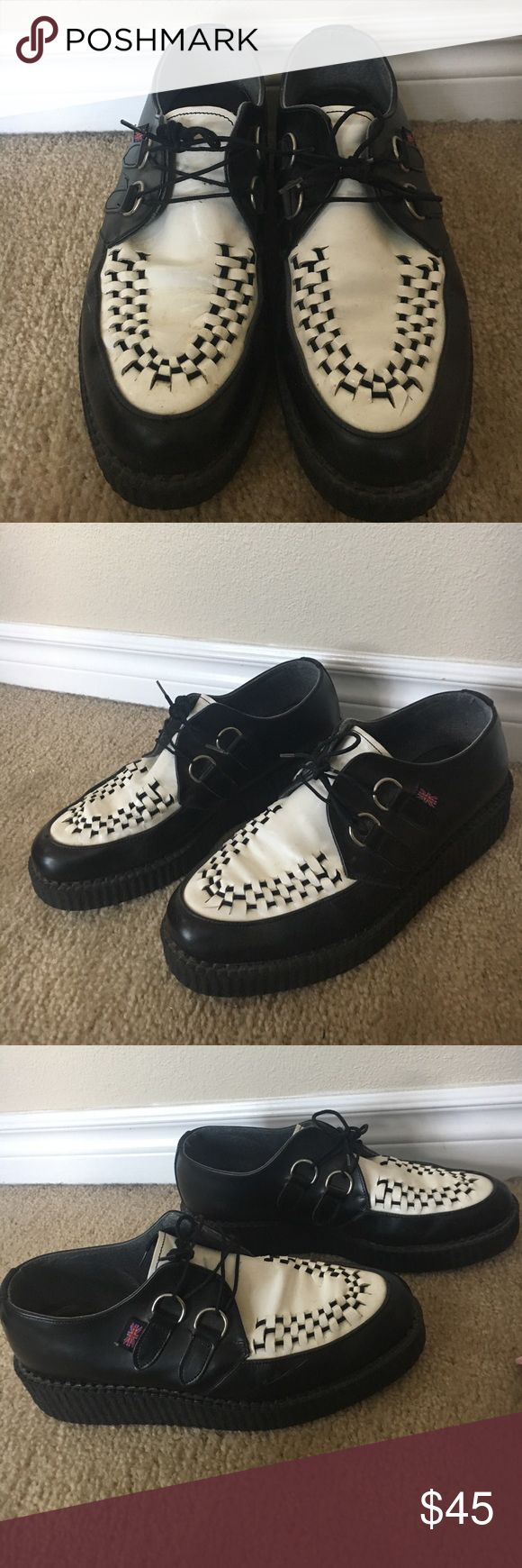 BLACK AND WHITE TUK CREEPERS MADE IN ENGLAND No size tagged! But i am a women's 10 or 10.5 and they fit perfect! I am assuming they are a mens 8.5 or 9. Photos indicate signs of wear TUK Shoes Platforms