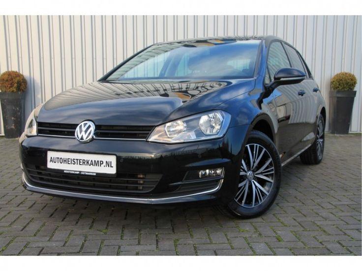 Volkswagen Golf  Description: Volkswagen Golf 1.6 TDI 110PK DSG 5DRS ALLSTAR  Price: 320.35  Meer informatie