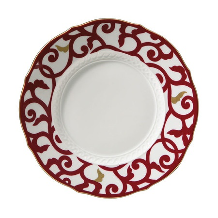 Since 1735, Richard Ginori has been the premier maker of porcelain dinnerware in Italy. Their iconic Florence-based factory makes some of the most sought-aft...