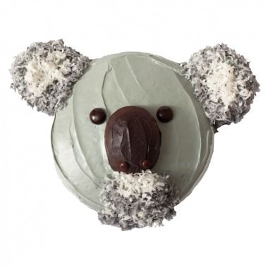 The cuddly koala from Down Under makes one cute cake design.