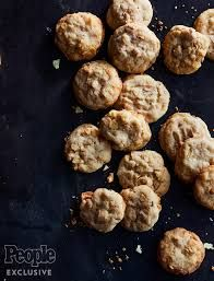 Potato Chip Cashew Cookies image