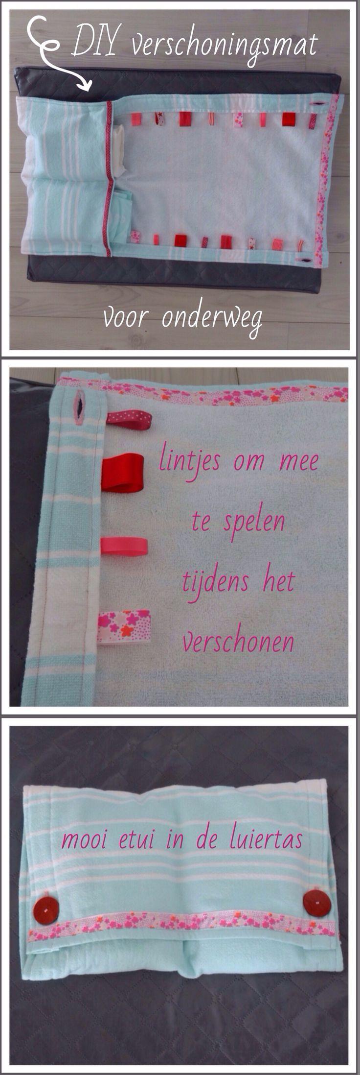 Handig voor onderweg: een zelfgemaakte verschoningsmat annex luieretui. Super makkelijk om te maken van een handdoek en met lintjes waar je baby mee kan spelen. Luier etui. Changing mat diy for baby. #leukmetkids