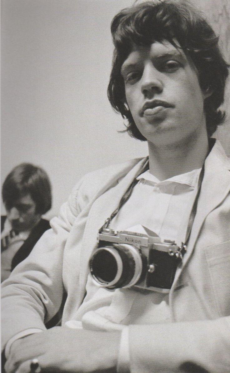 8d1fd9af Mick Jager Camara Canon, Vintage Cameras, Classic Camera, Rolling Stones,  Like A