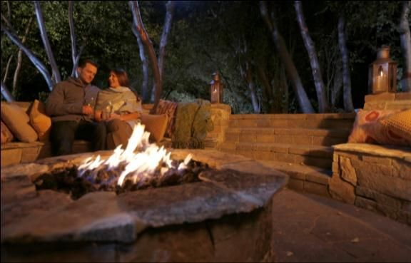 Outdoor Entertaining Tip of the Month: Enjoying Fall Outdoors