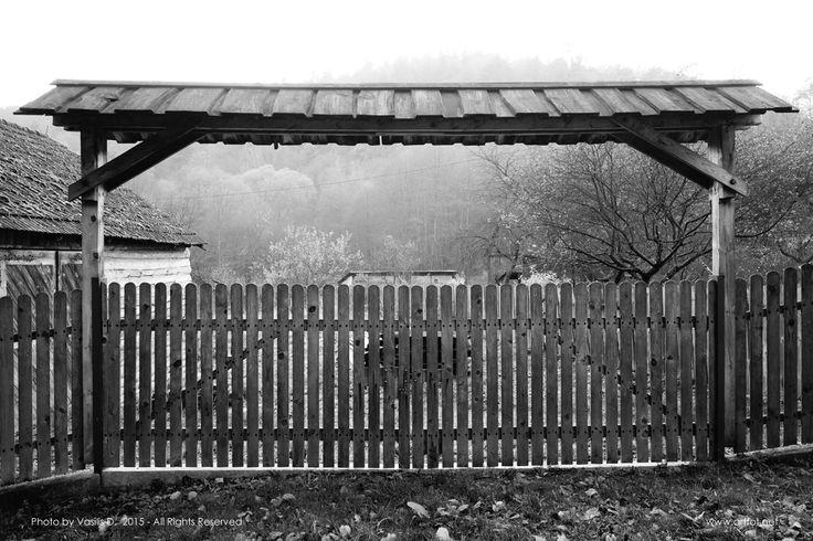 An old fence @ Ojców by Vasilis D.  #Ojców #Poland #blackandwhite #B&W