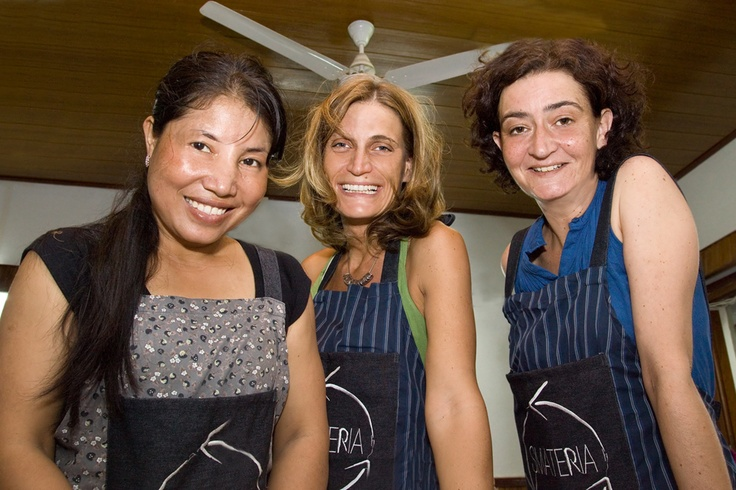 Smateria was set up in 2006 in Cambodia by two Italian friends: Elisa (on the right), who runs the creative side and Jennifer (on the center), the business side.