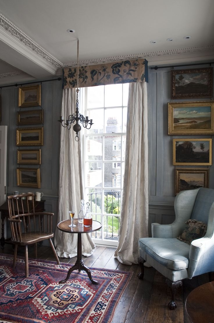 Riviere Interiors, Charles II Townhouse, Sitting Room #CountryFurniture #PeriodHomes