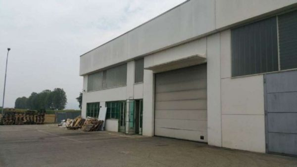 EK-1522341 In zona industriale comodo alla tangenziale, capannone di 550mq circa di nuova costruzione