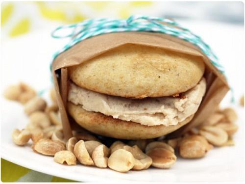 ... banana whoopie pies apple pies recipe ideas peanuts bananas forward