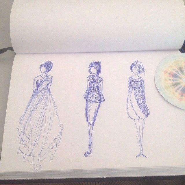 If I could spend my days just drawing pretty dresses I would be so happy! #cocktail #doodeling #arrp