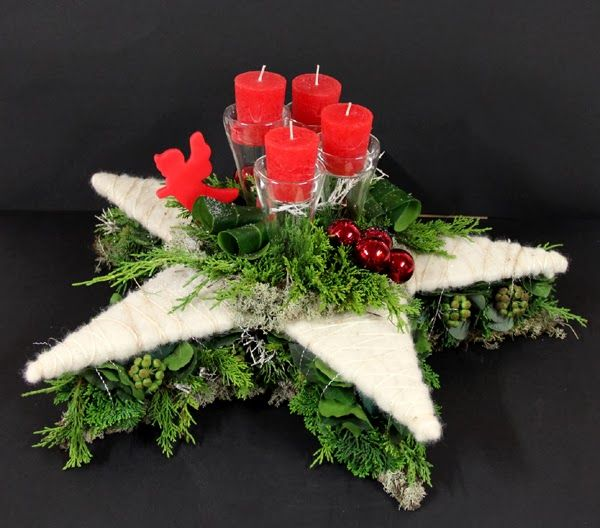 Bloemschikken Advent & Kerst - Christmas or advent floral arrangement star