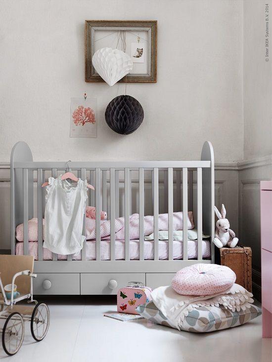Habitación bebe Ikea http://www.mamidecora.com/habitaciones-infantiles-ikea.html