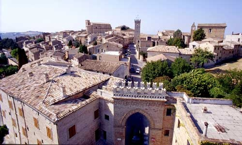 Montelupone; town and #museum in #Marche , the place of #culture and #creativity . #art #GrandTourCultura