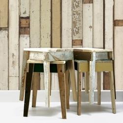 Piet Hein Eek sloophout en steigerhout behang. Wooden wallpaper and stool