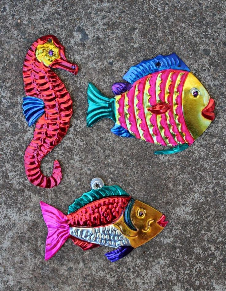 17 best images about mexican tin art on pinterest folk for Mexican christmas ornaments crafts