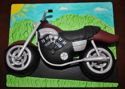 Hope's Sweet Cakes: V-Max Motorcycle Cake