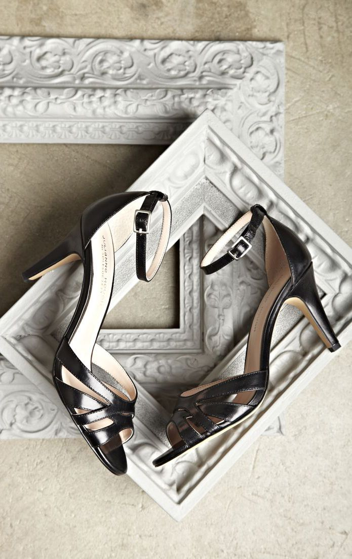 Gianna cutout sandal - Black