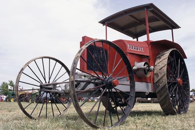 Antique Tractor: