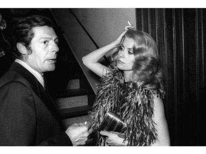 Catherine Deneuve and Marcello Mastroianni. Pic found on http://karouzo.com