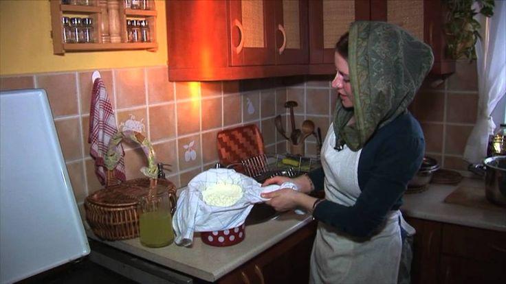 Házisajt készítés Krisna-völgyben