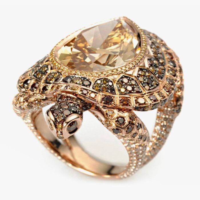 Кольцо «Черепаха» из розового золота с бриллиантом от Chopard