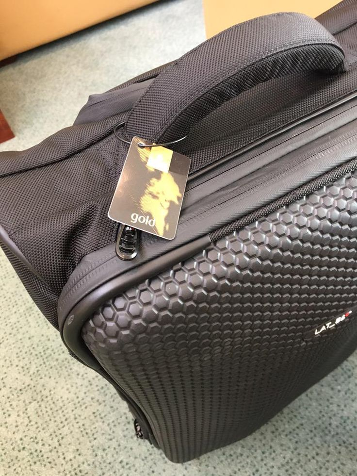 Bindley's LAT_56 RW_01 Road Warrior rolling luggage in the Emirates lounge.