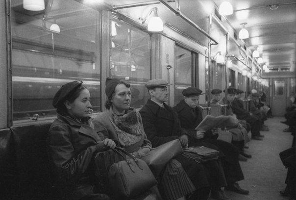 Метро 40 лет назад. Москва.