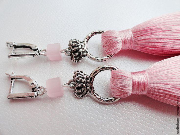 """Купить Шелковые кисти серьги """"Кубик Королевский"""" - розовый, нежно-розовый, розовый кварц"""